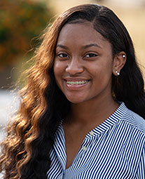Diamond Cole '20: Undergraduate Black and Hispanic Scholar